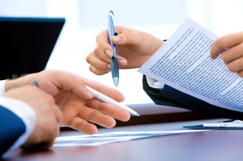 Sing a work contract or become self-employed
